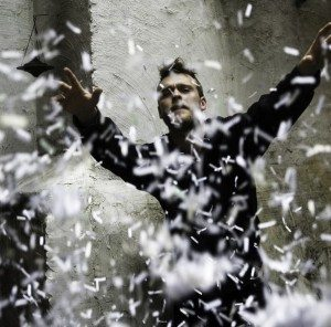 http://www.theburningear.com/media/2009/11/penguin-prison-300x296.jpg