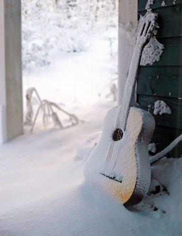 SNOW_GUITAR