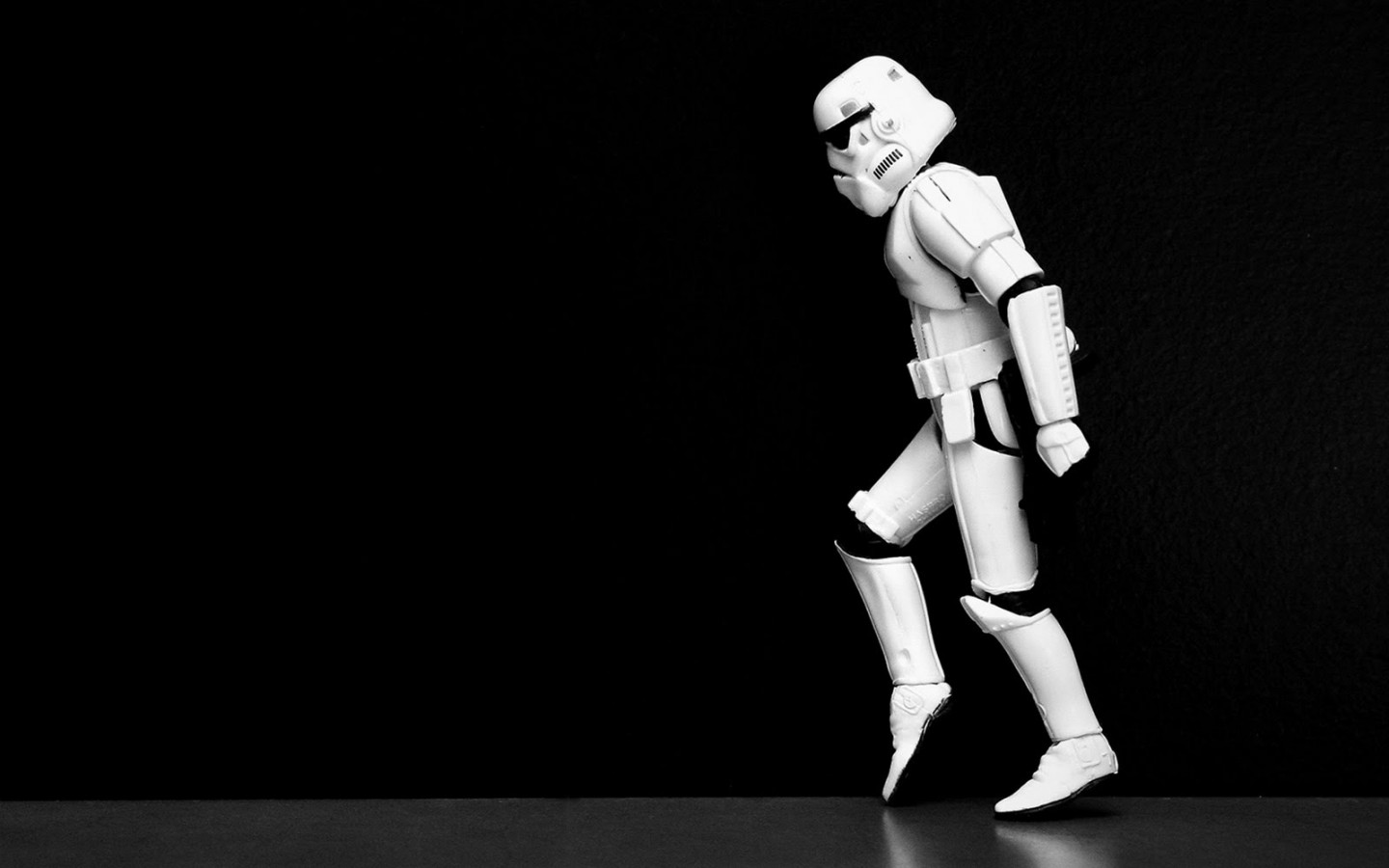 The-Imperial-Stormtroopers-Moonwalk-the-imperial-stormtroopers-moonwalk-star-wars-1440x900