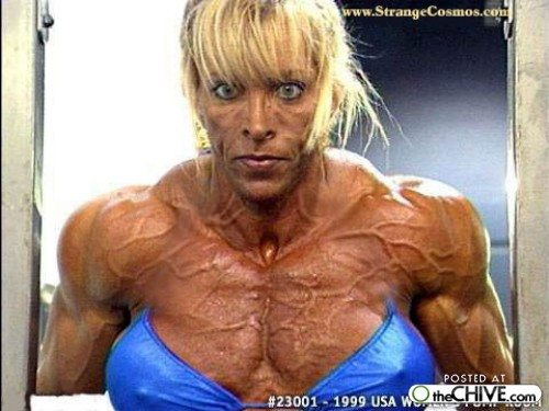 hot_weird_funny_amazing_cool8_a-women-bodybuilder-trainwreck-16_2009073023323611542